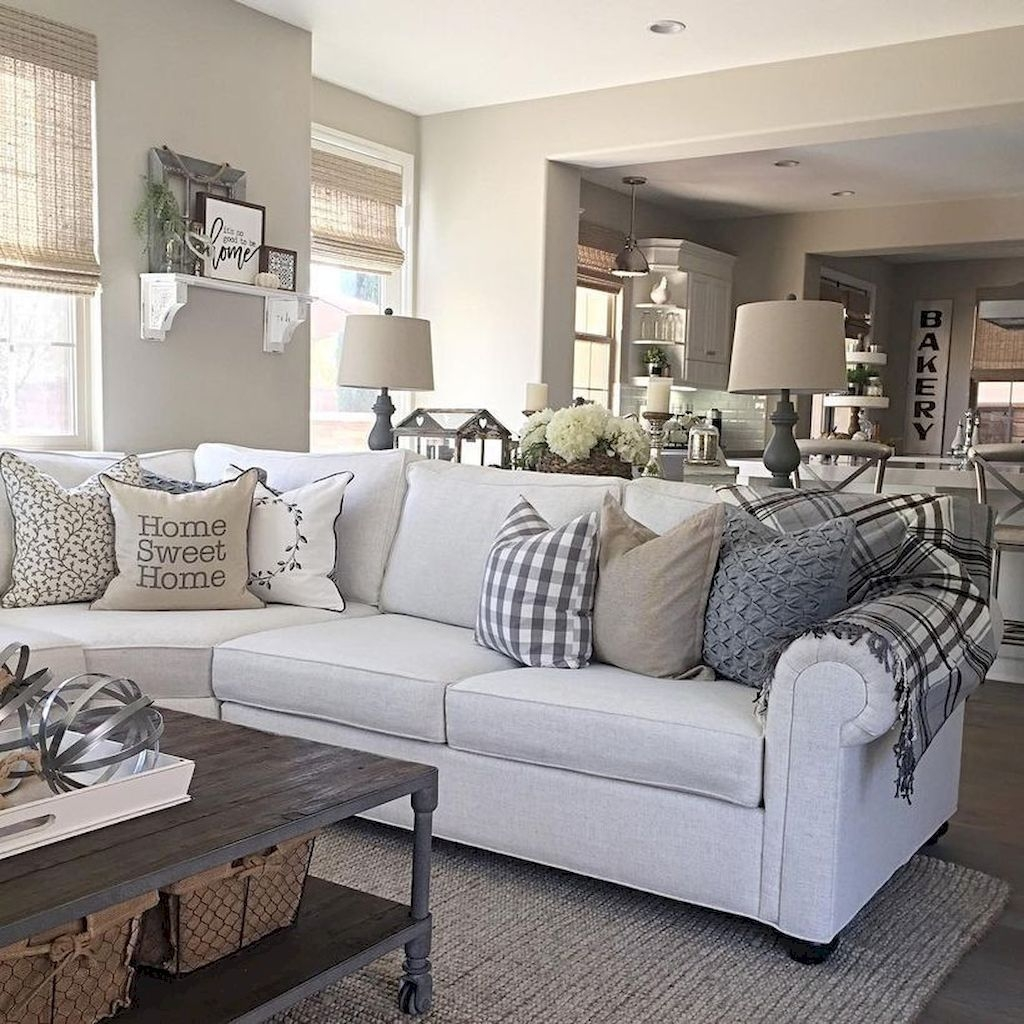Comfy Farmhouse Living Room Decor And Design Ideas13