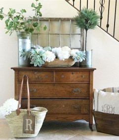 Pretty Farmhuose Entryway Design And Decor Ideas22