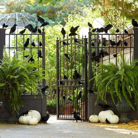 Stunning Diy Outdoor Halloween Decor And Design Ideas17