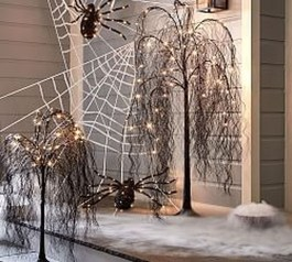Stunning Diy Outdoor Halloween Decor And Design Ideas25