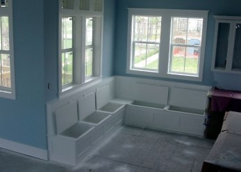 Stunning Window Seat Ideas With Padded Seat And Storage Below32