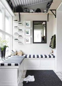 Stunning Window Seat Ideas With Padded Seat And Storage Below42