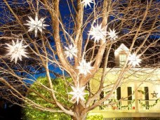 Attractive Front Yard Christmas Decoration Ideas02