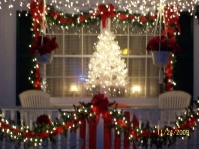 Attractive Front Yard Christmas Decoration Ideas19