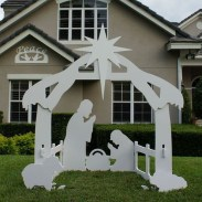 Attractive Front Yard Christmas Decoration Ideas25