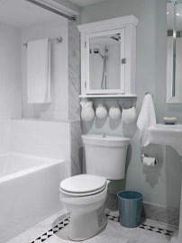 Easy Ideas For Functional Decoration Of Small Bathroom14