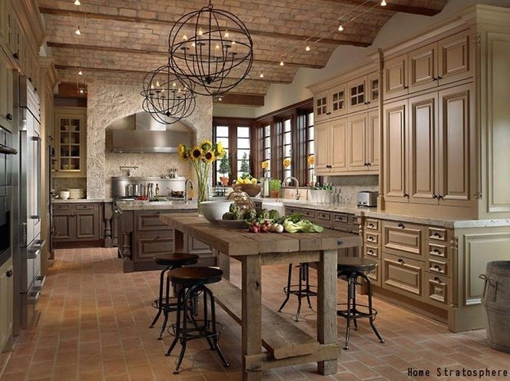 Flawless French Country Style Kitchen Decor Ideas04