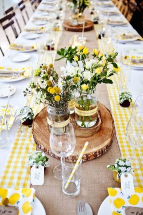 Inexpensive Diy Outdoor Winter Table Decoration Ideas16