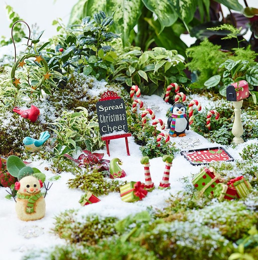 Inspiring Diy Fairy Garden Christmas Ideas16