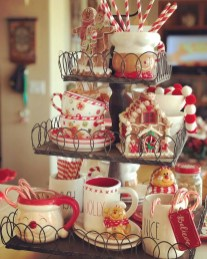 Lovely Christmas Kitchen Decorating Ideas29
