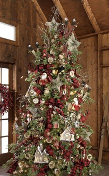 Unique Christmas Tree Decorating Ideas28