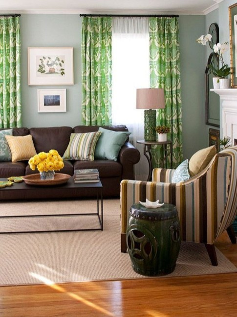 Unordinary Living Room Designs Ideas With Combinations Of Brown Color28