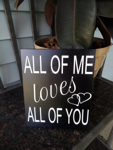 Affordable Outdoors And Indoors Signs Ideas For Valentines Day06
