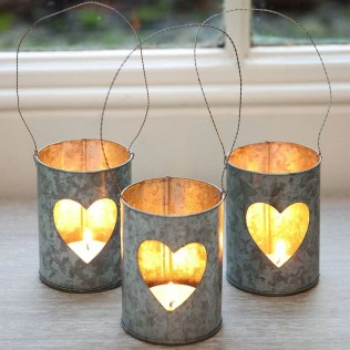 Affordable Outdoors And Indoors Signs Ideas For Valentines Day22