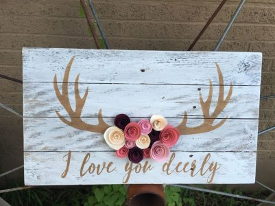 Affordable Outdoors And Indoors Signs Ideas For Valentines Day30