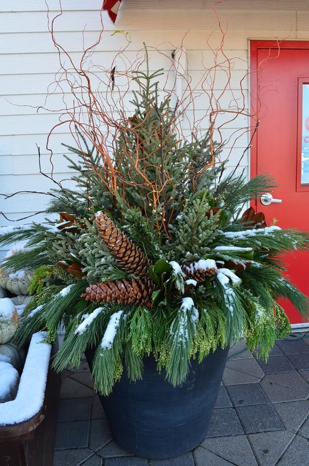 Awesome Outdoor Winter Decoration Ideas21