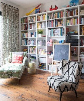 Beautiful Family Friendly Living Rooms Design Ideas31