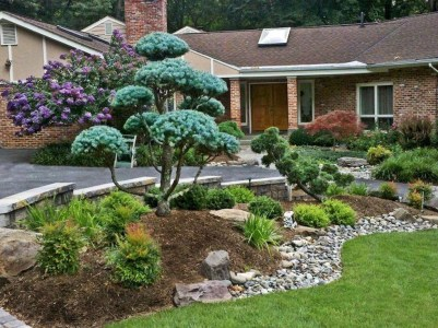 Pretty Front Yard Landscaping Ideas12