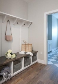 Awesome Mudroom Entryway Decorating Ideas04