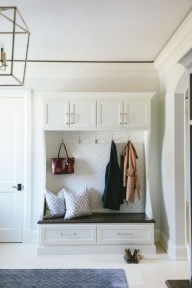 Awesome Mudroom Entryway Decorating Ideas23