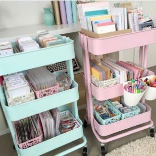 Brilliant Dorm Room Organization Ideas On A Budget11