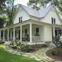 Cheap Farmhouse Exterior Design Ideas04