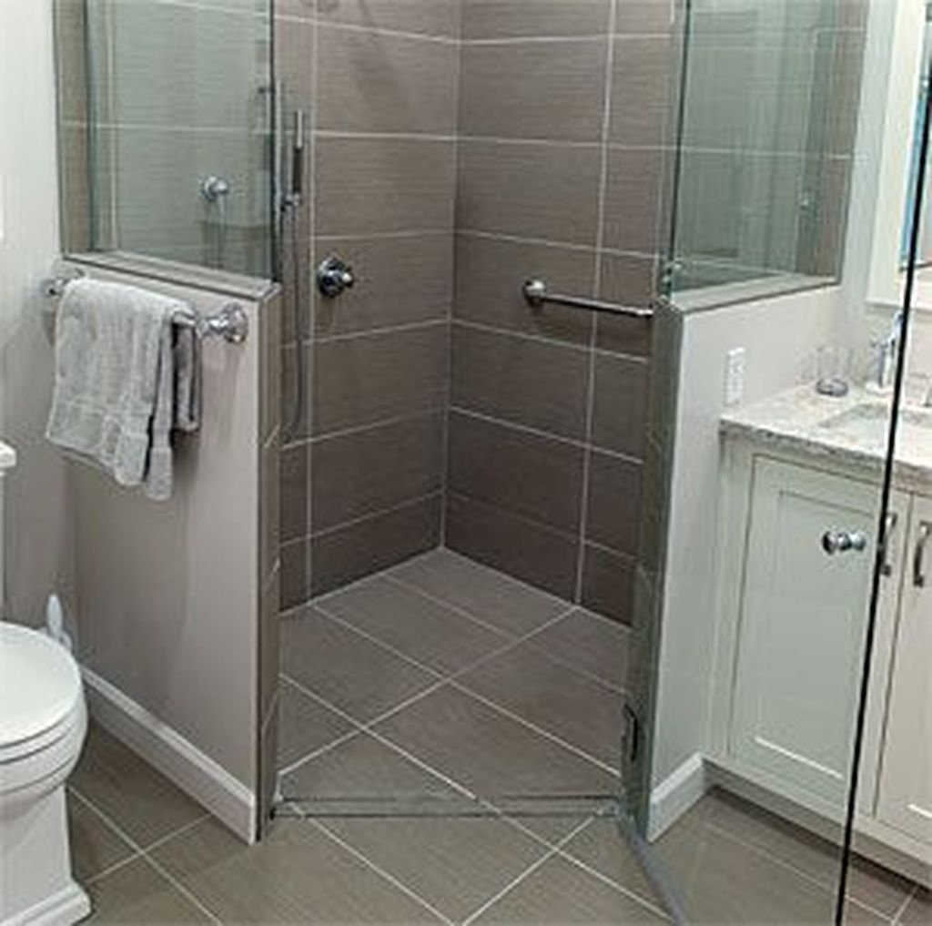 Incredible Curbless Shower Ideas For House29