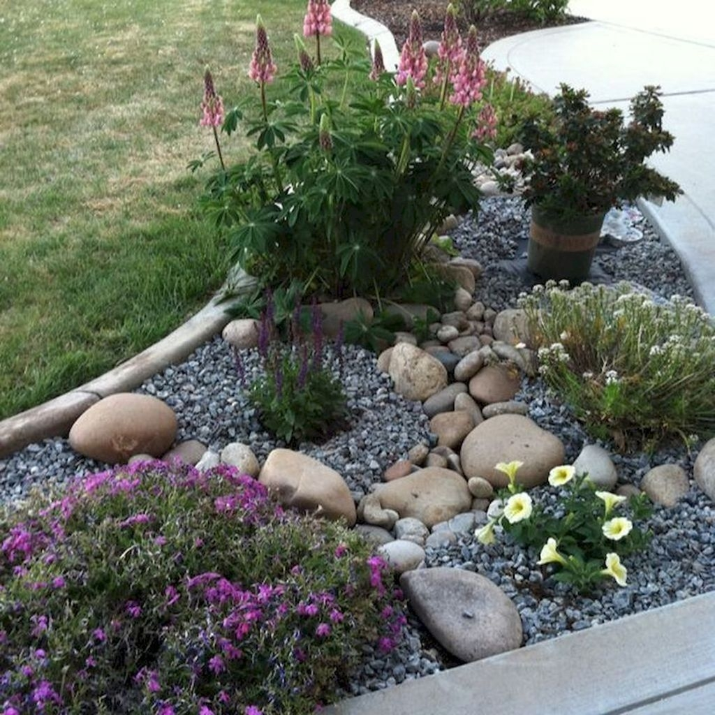 Inexpensive Front Yard Landscaping Ideas12
