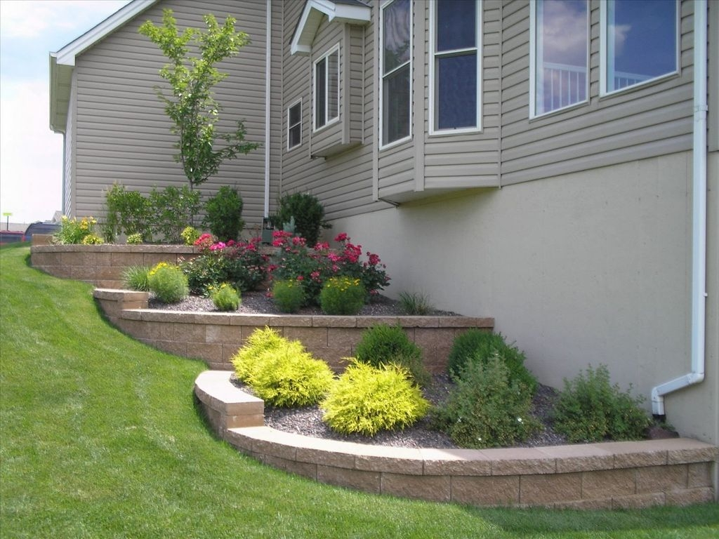 Inexpensive Front Yard Landscaping Ideas26