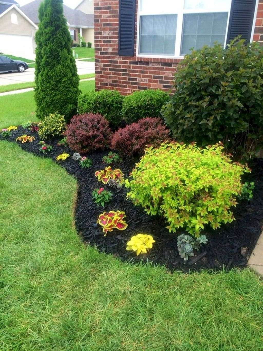 Inexpensive Front Yard Landscaping Ideas28