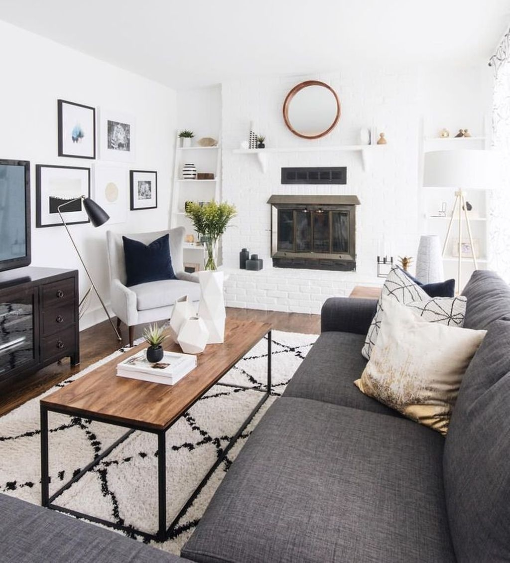 Stylish Small Living Room Decor Ideas On A Budget30