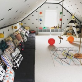 Affordable Attic Kids Room Decor Ideas19