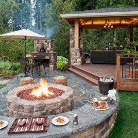 Attractive Small Backyard Design Ideas On A Budget20