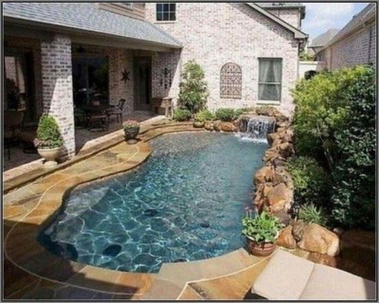 Attractive Small Backyard Design Ideas On A Budget40