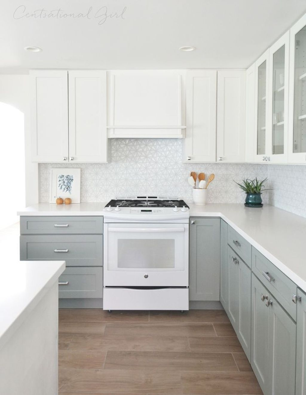 Captivating White Cabinets Design Ideas For Kitchen34
