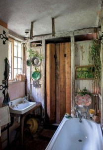Cute Bohemian Style Decorating Ideas For Bathroom12