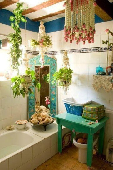 Cute Bohemian Style Decorating Ideas For Bathroom33