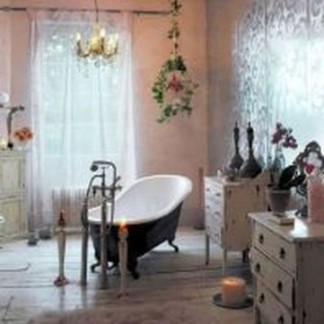 Cute Bohemian Style Decorating Ideas For Bathroom37