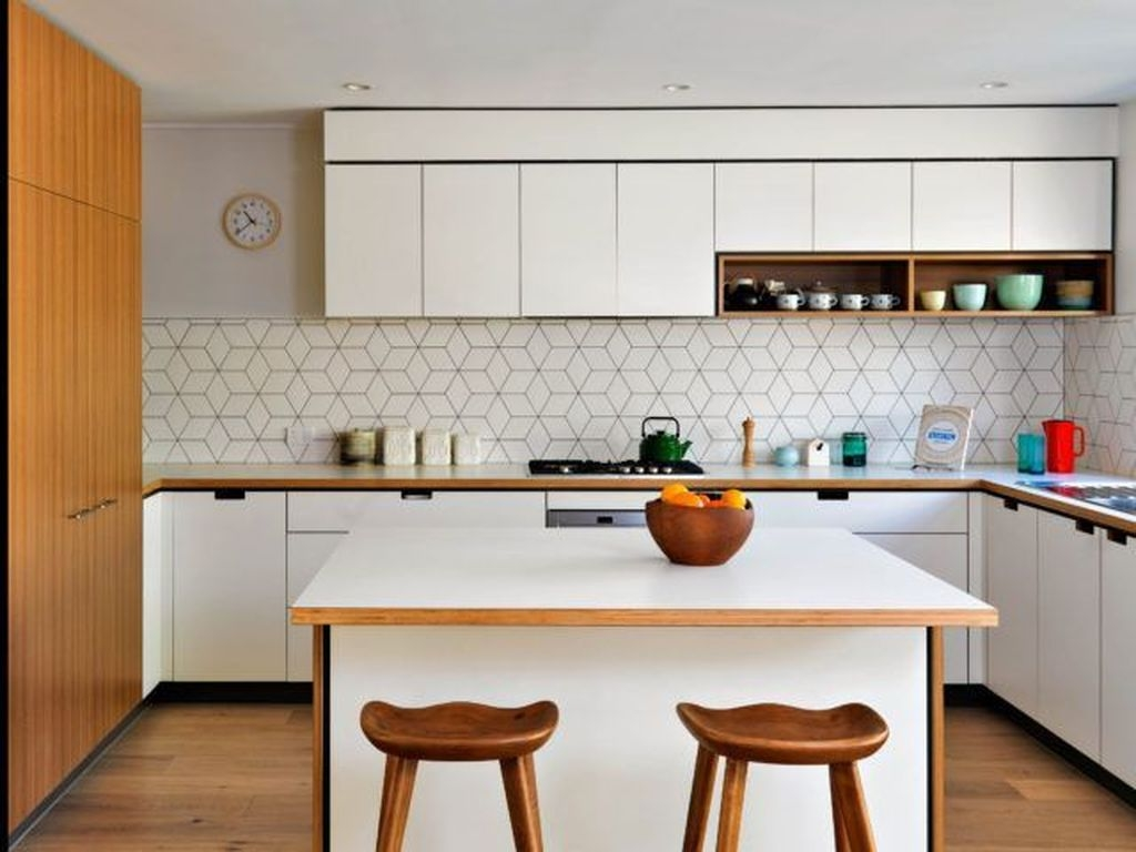 Relaxing Midcentury Decorating Ideas For Kitchen06