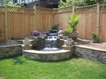 Stylish Outdoor Water Walls Ideas For Backyard10