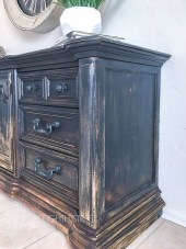 Awesome Distressed Furniture Ideas02