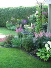 Beautiful Front Yard Cottage Ideas For Garden Landscaping17