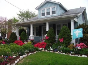 Beautiful Front Yard Cottage Ideas For Garden Landscaping32