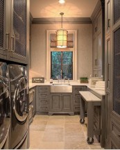 Popular Farmhouse Laundry Room Design Ideas17