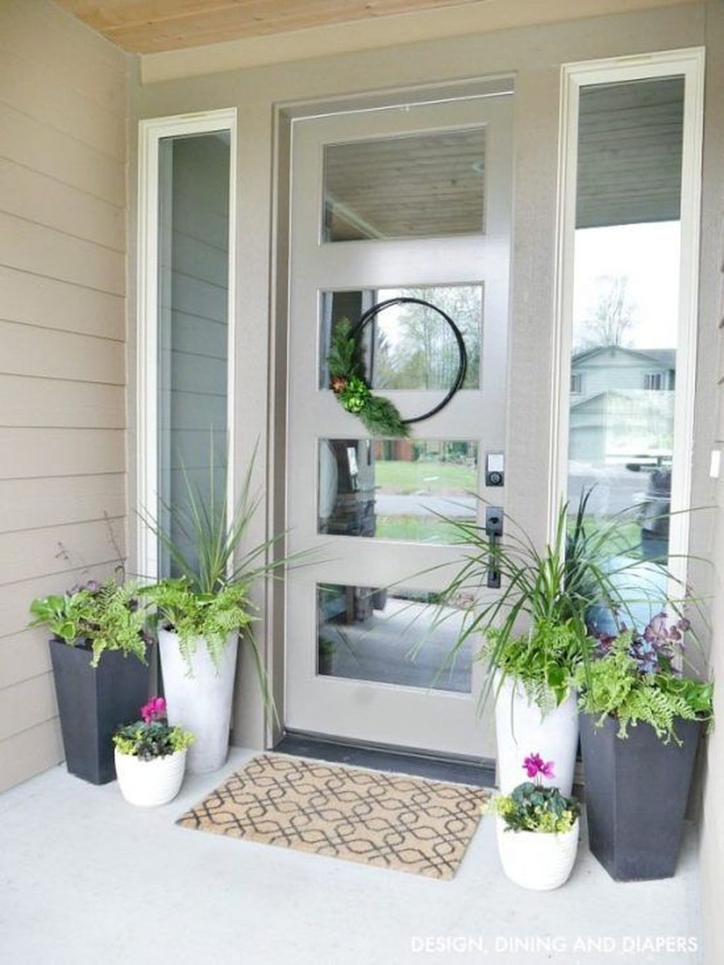 Adorable Porch Planter Ideas That Will Give A Unique Look22