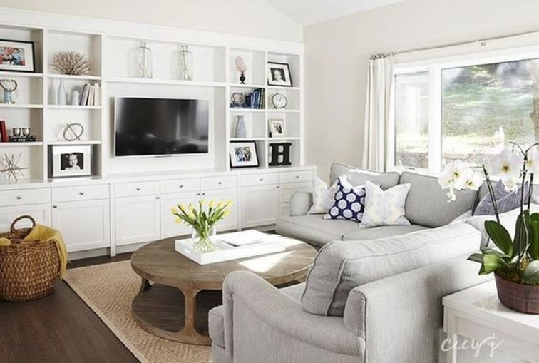Affordable Family Room Décor Ideas For Your Family38