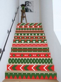 Beautiful Color Ideas For Your Stairs Decoration02