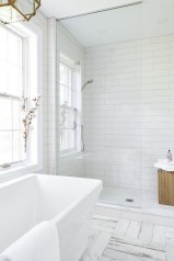 Catchy Subway Tiles Application Ideas For Bathroom02