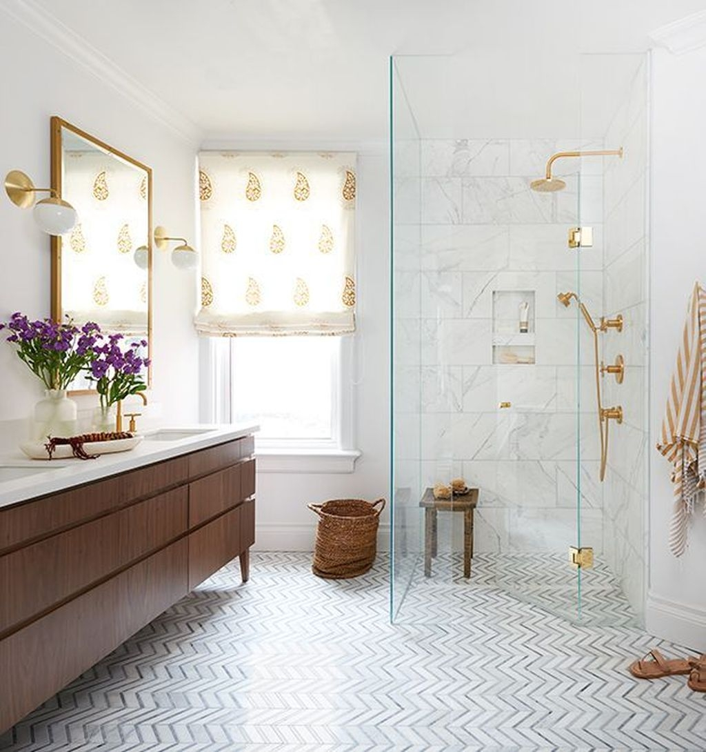 Charming Traditional Bathroom Decoration Ideas Just Like This44