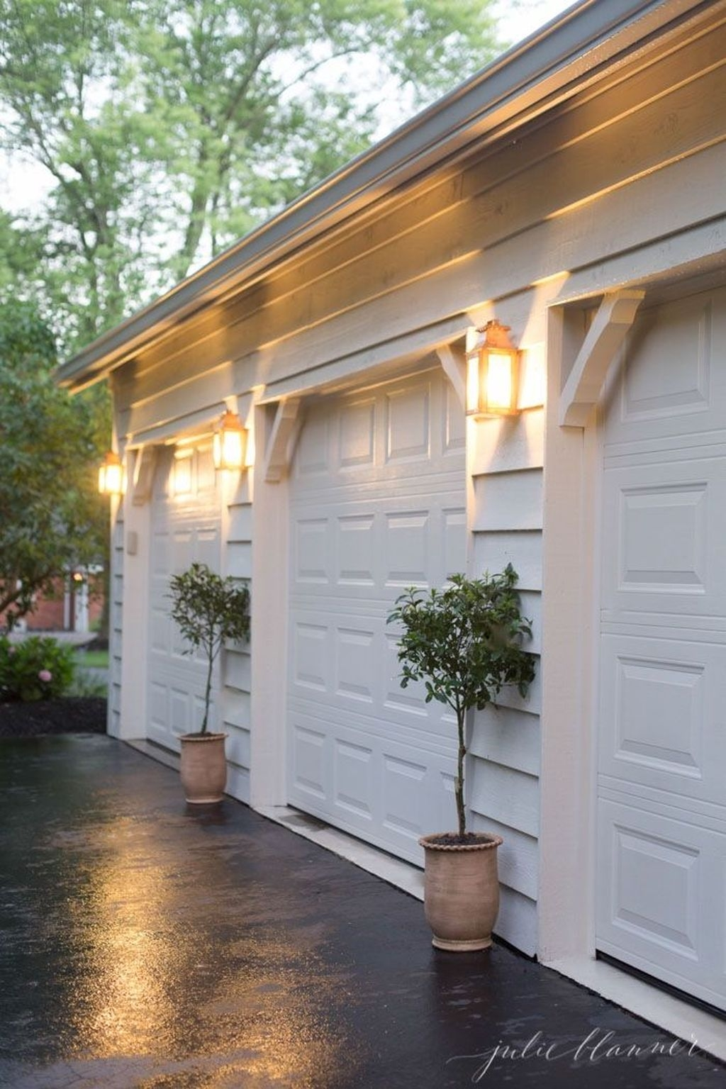 Cute Home Garage Design Ideas For Your Minimalist Home25
